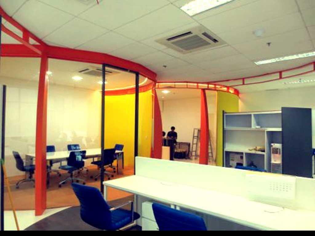 Atelier Cosmas Gozali Office Interior  Kelapa Gading, North Jakarta Kelapa Gading, North Jakarta Working Area Kontemporer 24668