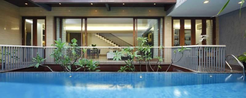 Foto inspirasi ide desain kolam tradisional Swimming-pool oleh Atelier Prapanca di Arsitag