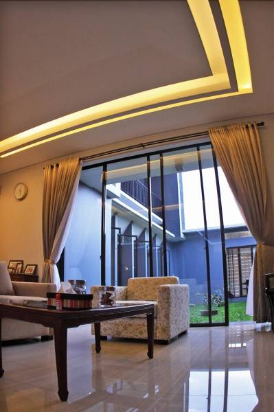 Phidias Indonesia Gura-Gura House Duren Tiga, South Jakarta Duren Tiga, South Jakarta Interior Ceiling Modern 2453