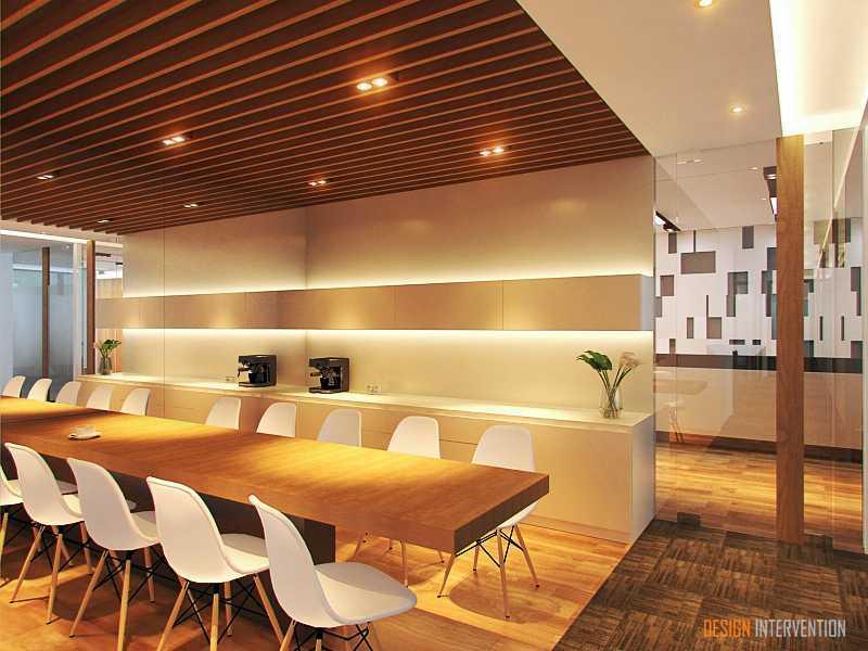Foto inspirasi ide desain dapur Pantry area oleh DESIGN INTERVENTION di Arsitag
