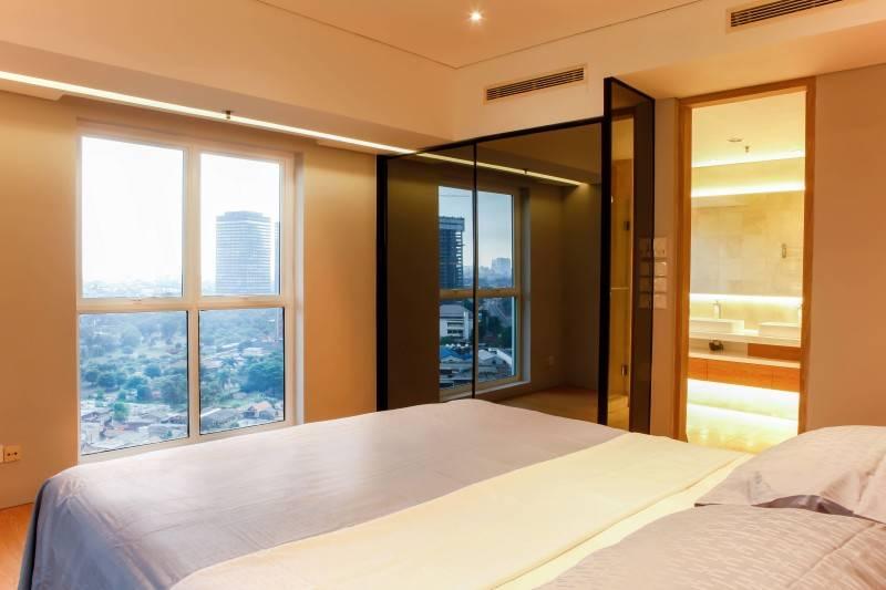 Design Intervention Pavilion Apartment At Kh Mas Mansyur Jakarta Jakarta Bedroom Minimalis,modern,industrial,glass 2589