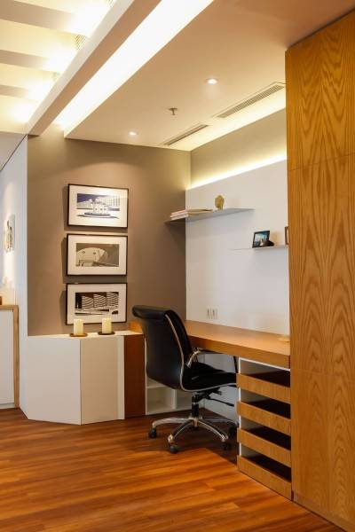 Design Intervention Pavilion Apartment At Kh Mas Mansyur Jakarta Jakarta Bedroom Minimalis,modern,industrial,glass 2595