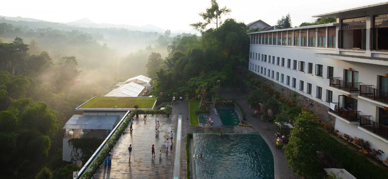 Enviro Tec Padma Hotel Bandung Bandung Bandung Swimming Pool View Modern 14681