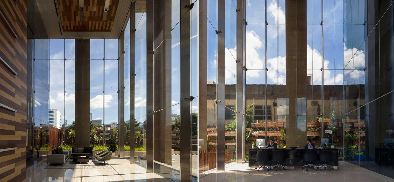Foto inspirasi ide desain lobby Lobby view oleh Enviro Tec di Arsitag