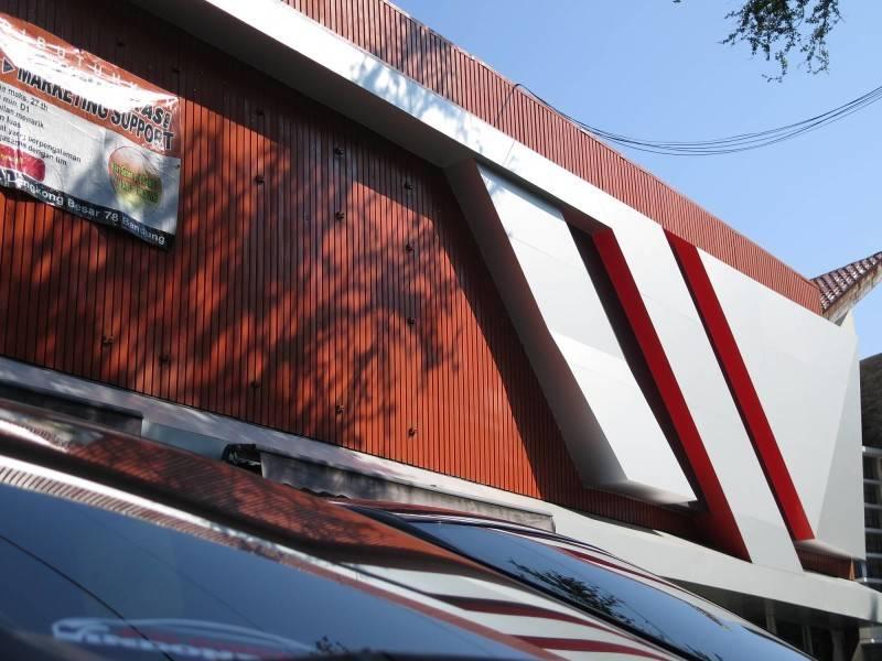 Christianto Hendrawan Omega Motor-Showroom Design Bandung Bandung Omega Motor-2  2686