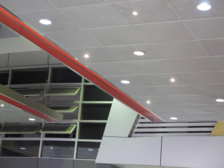 Christianto Hendrawan Omega Motor-Showroom Design Bandung Bandung Perforated Ceiling  30909