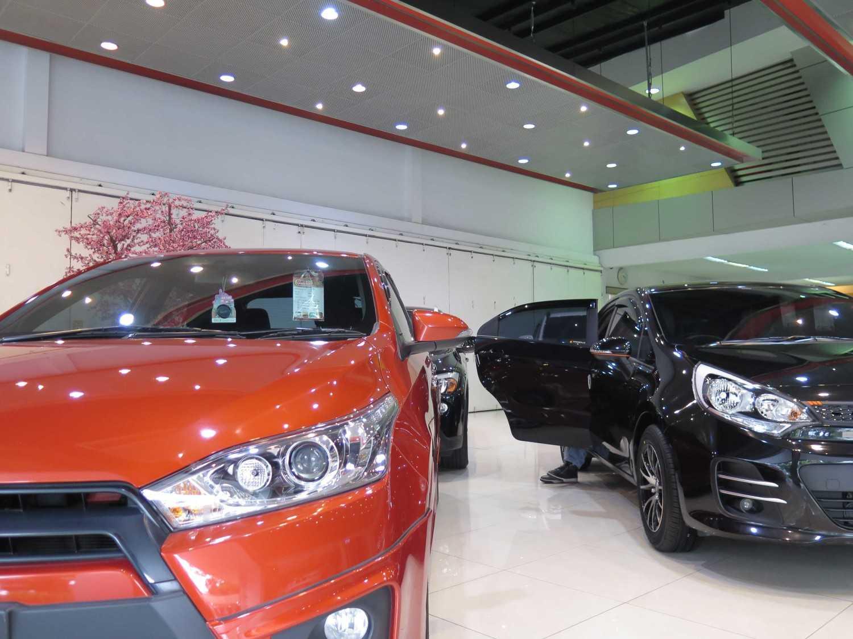 Christianto Hendrawan Omega Motor-Showroom Design Bandung Bandung Interior View  30910