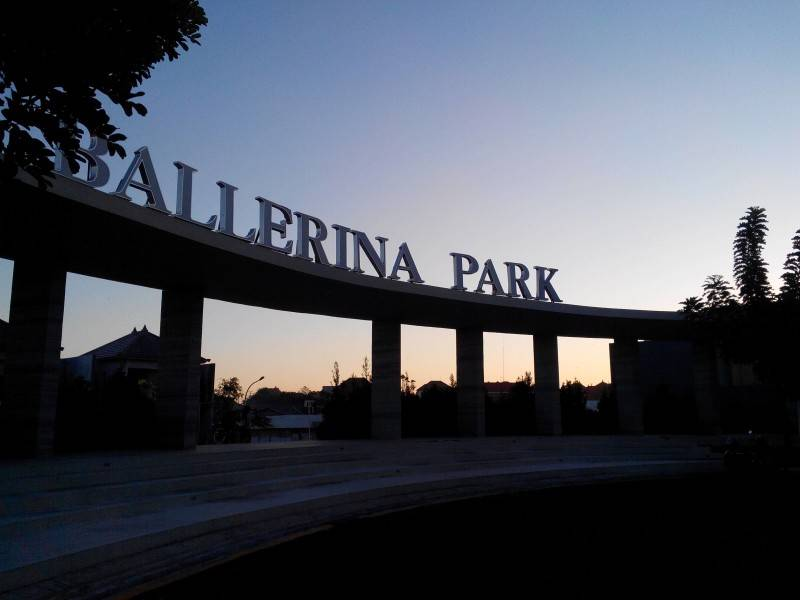 Vinda Nurfitri Ballerina Park Cluster At Denpasar Jl. Kargo Sari Dana, Ubung Kaja, Denpasar Utara, Kota Denpasar, Bali 80116, Indonesia Bali, Indonesia Ballerina-Park-Gate  2919