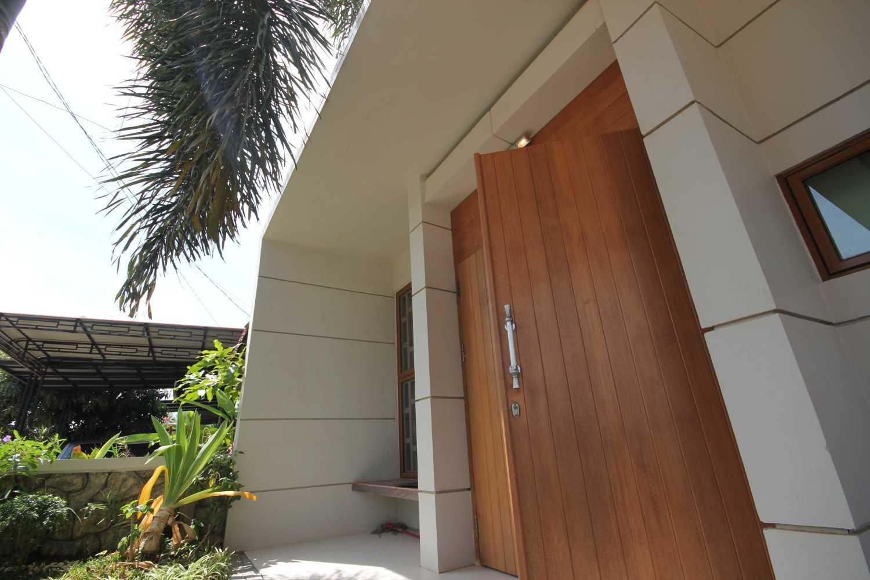 Gilbert Yohannes Voerman H House Batam Batam Img9470 Kontemporer 27465