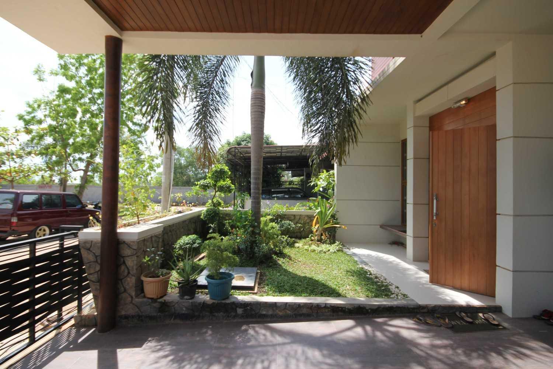 Gilbert Yohannes Voerman H House Batam Batam Img9469 Kontemporer 27466