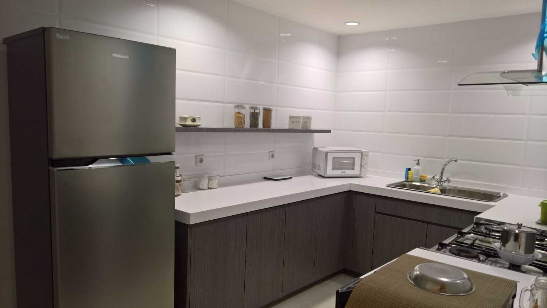 Foto inspirasi ide desain dapur skandinavia K'itchen oleh SASO Architecture Studio di Arsitag