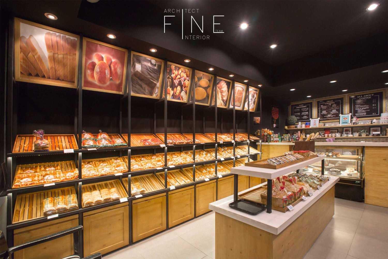 Foto inspirasi ide desain display area industrial Food display oleh Fine Team Studio di Arsitag