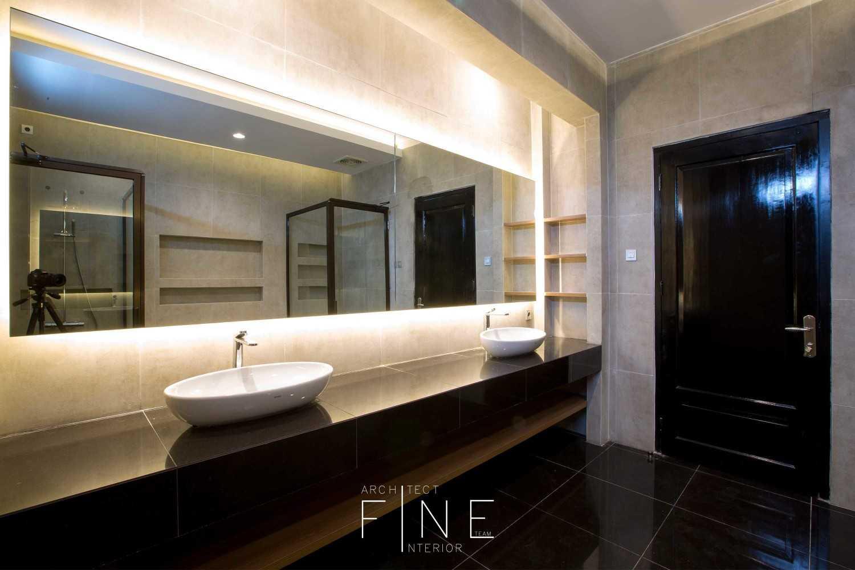 Fine Team Studio Muara Bungo Residence Muara Bungo, Jambi Muara Bungo, Jambi Wastafel Modern 16667