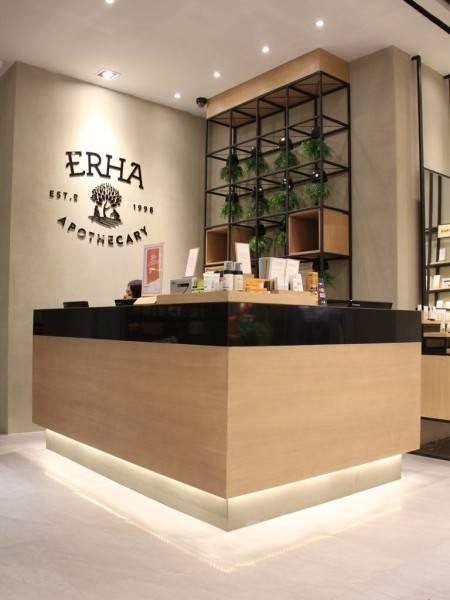 Pivot Eight Erha Clinic At Summarecon Mall Jl. Tangkuban Perahu Raya No.222, Kayuringin Jaya, Bekasi Sel., Kota Bks, Jawa Barat 17144, Indonesia Bekasi, West Java, Indonesia Cashier  3488