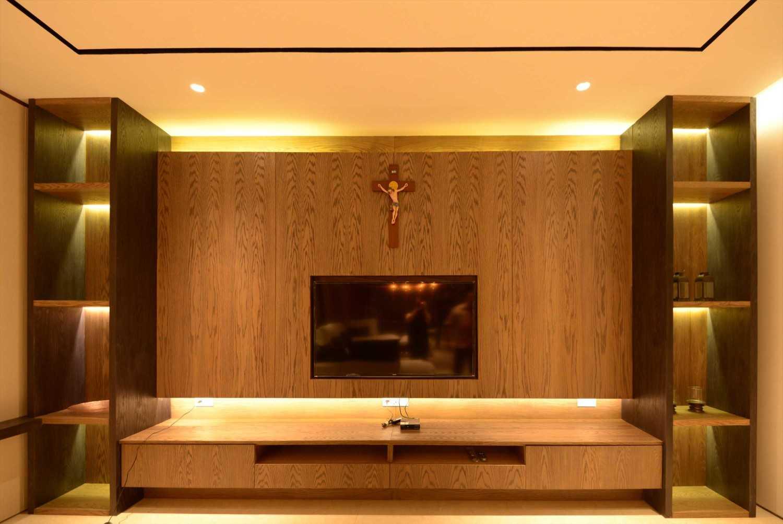 Welly Kusumo Nr Residence  Permata Buana Permata Buana Tv Modern 18608