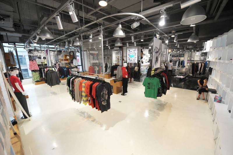 Tau Architect Source Store At Shanghai China China Shop-Inside Industrial 3691