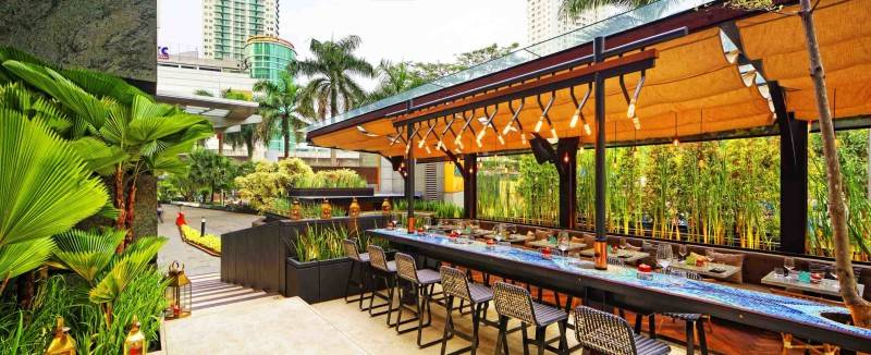 Leo Einstein Fransiscus Bottega Ristorante Mega Kuningan Mega Kuningan Seating Area Restaurant  7833