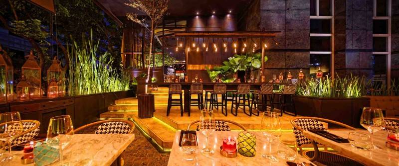 Leo Einstein Fransiscus Bottega Ristorante Mega Kuningan Mega Kuningan Seating Area Restaurant  7834