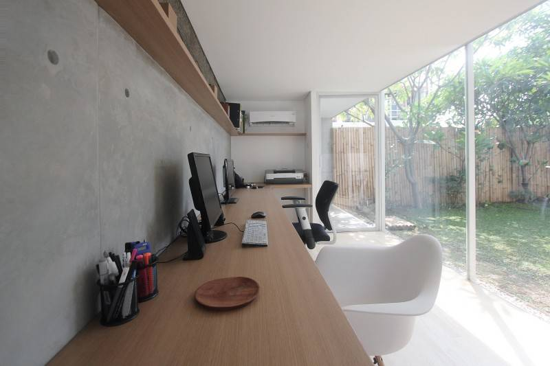 Studio Rtm S T U D / O • R T M Taman Modern - Jakarta Taman Modern - Jakarta Tampak-Dalam Tropis,modern,wood,glass 3811