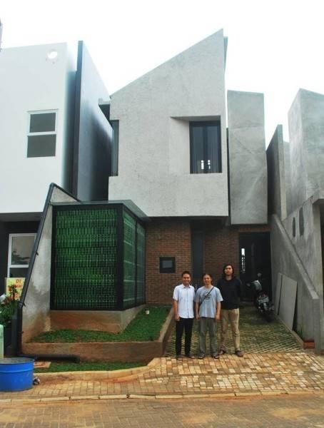 Akanoma Yu Sing Rumah Kecil At Ozone Residence Bintaro, South Jakarta, Indonesia Bintaro, South Jakarta, Indonesia Rumah-Kecil-2 Industrial 3950