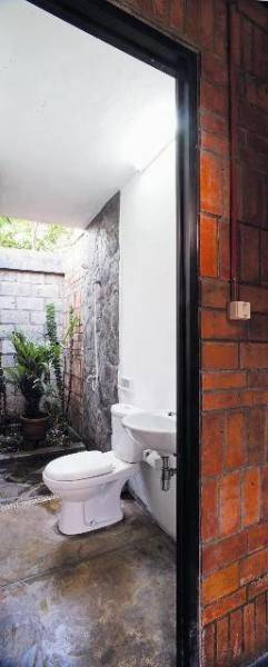 Akanoma Yu Sing Taman Tengah House At Kranggan Cibubur, East Jakarta, Indonesia Cibubur, East Jakarta, Indonesia Kamar-Mandi  4133