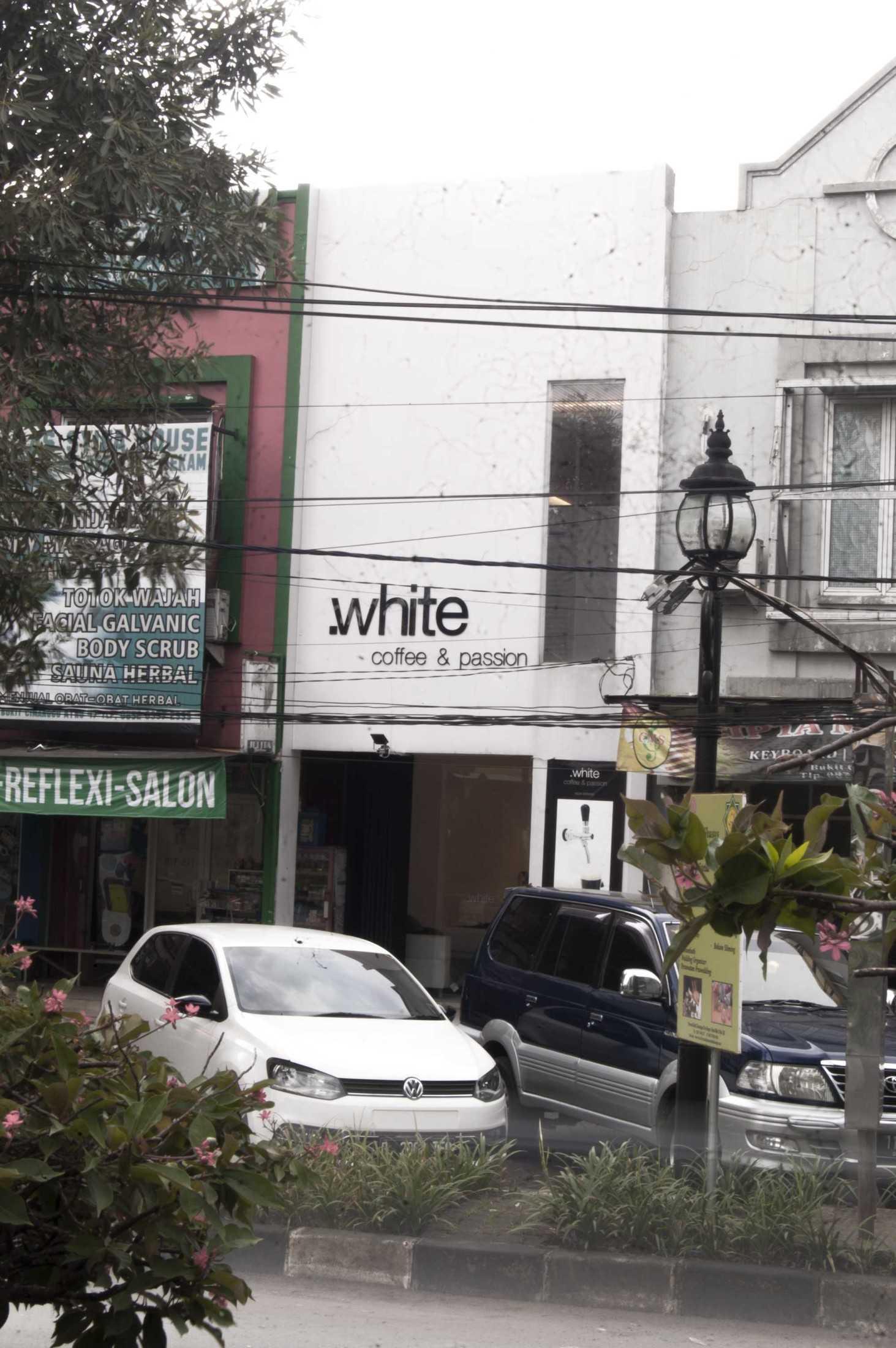 Ads Architect Kafe Kotak Putih Sentul Selatan Sentul Selatan Ads-Architect-Kafe-Kotak-Putih  53516