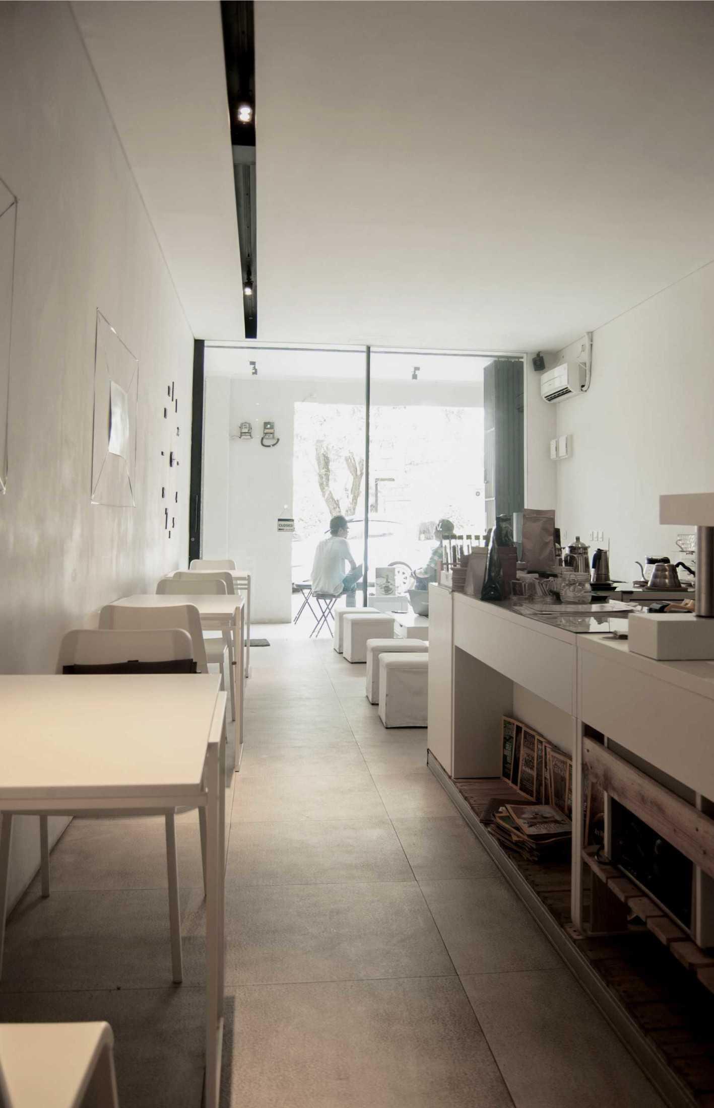 Ads Architect Kafe Kotak Putih Sentul Selatan Sentul Selatan Ads-Architect-Kafe-Kotak-Putih  53520