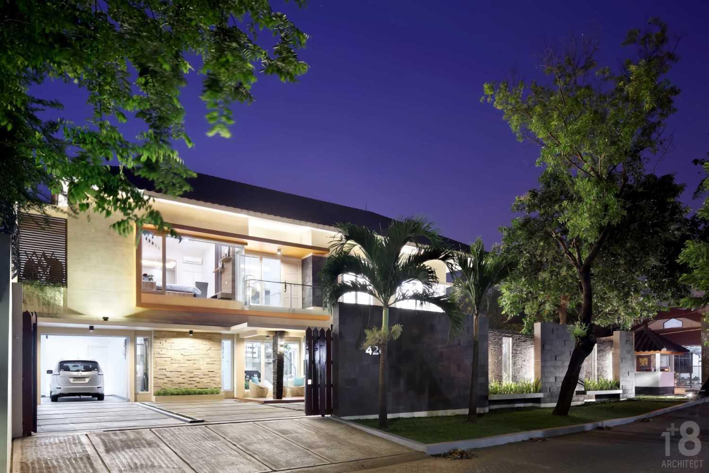 1+8 Architect 420 Residence Jakarta, Indonesia Jakarta, Indonesia Facade Minimalis,tropis,wood,modern 23033