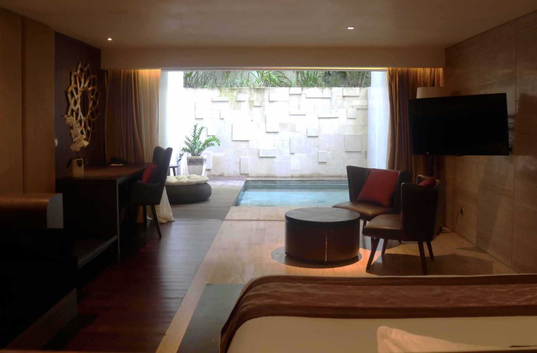Foto inspirasi ide desain kamar tidur Hotel room oleh Monokroma Architect di Arsitag