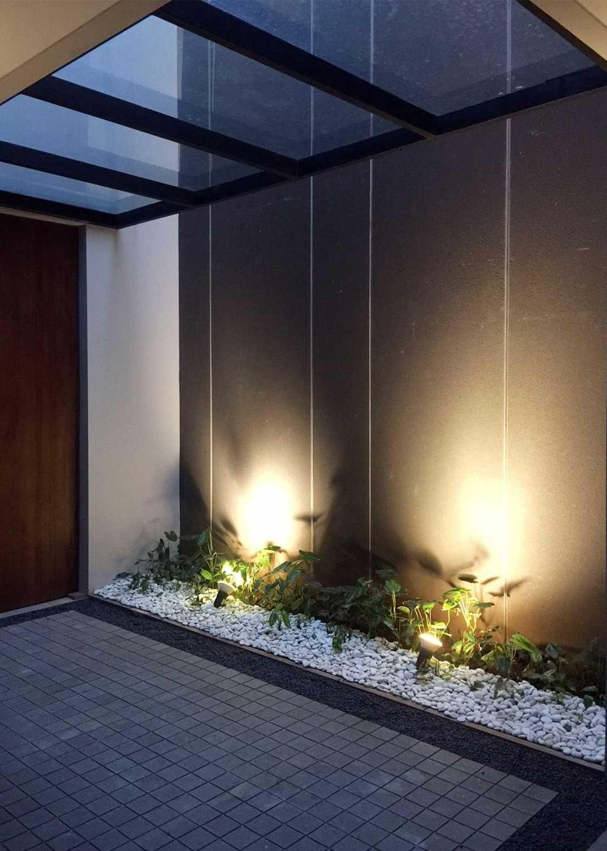 Monokroma Architect Dicky House   6-Foyer Modern 33531