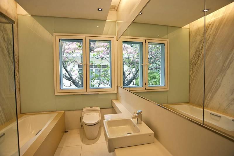Parama Dharma Rumah Diponegoro Indonesia Indonesia Bathroom  225