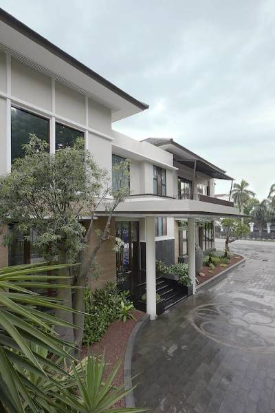 Parama Dharma Office Building Metro Indonesia Indonesia Ikp2907  230