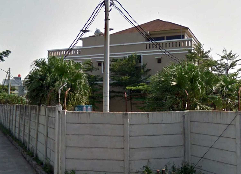 Irfanwidi Architects The Greencourt Lake Residence West, Rt.22/rw.16, Kapuk, Kebon Jeruk, West Jakarta City, Jakarta 11720, Indonesia West, Rt.22/rw.16, Kapuk, Kebon Jeruk, West Jakarta City, Jakarta 11720, Indonesia 5Jpg  33677