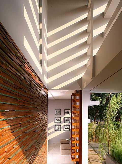 Herryj Architects 2 House Jakarta Jakarta Kisi-Kisi-Teras Tropis 23894