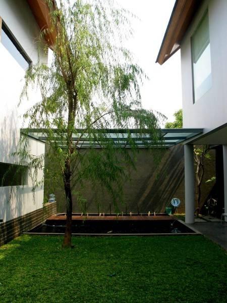 Herryj Architects 2 House Jakarta Jakarta Courtyard Tropis 5581