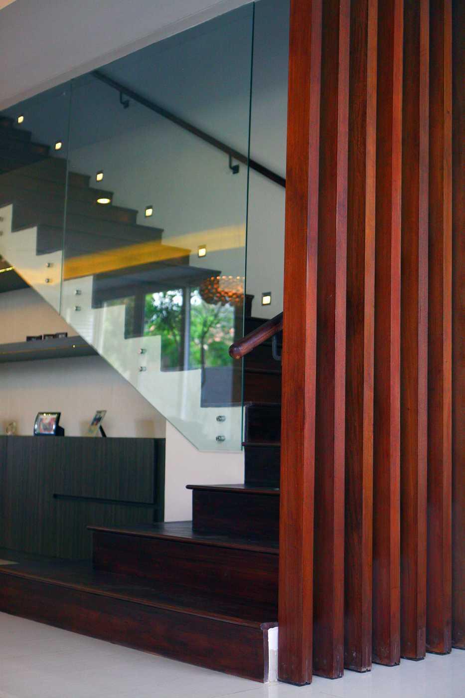 Herryj Architects Small House Tangerang Selatan Tangerang Selatan Img9782-Resize Tropis 23863