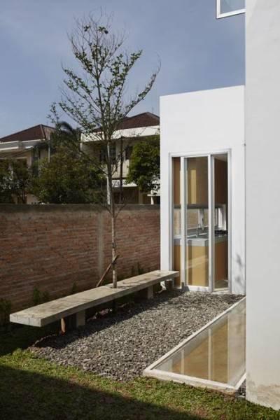 Foto inspirasi ide desain rumah Access to kitchen oleh Sontang M Siregar di Arsitag