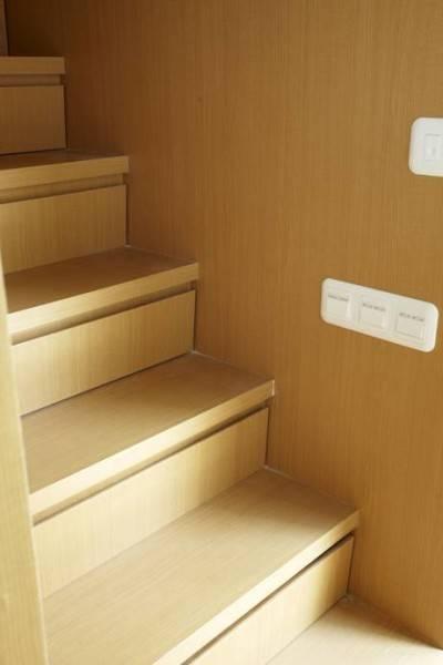 Foto inspirasi ide desain tangga Stairs oleh Sontang M Siregar di Arsitag