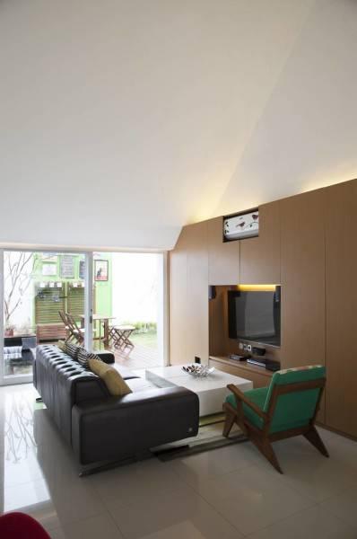 Sontang M Siregar Dj House Bengkulu, Indonesia Bengkulu, Indonesia Livingroom Minimalis 6015