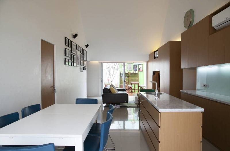 Sontang M Siregar Dj House Bengkulu, Indonesia Bengkulu, Indonesia Kitchen-Set-2 Minimalis 6033