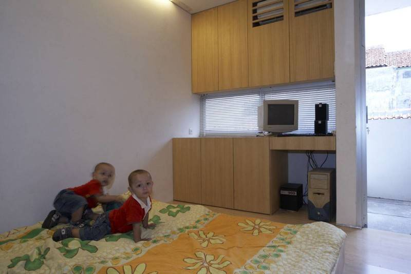 Sontang M Siregar 51 Sqm House Jakarta, Indonesia Jakarta, Indonesia Folded-Bed-2 Minimalis 6090