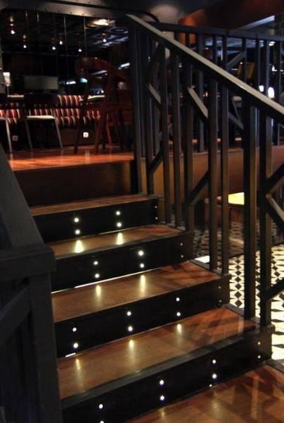 Julio Julianto The Momo Restaurant And Bar At Senopati Jakarta, Indonesia Jakarta, Indonesia Stairs Kontemporer 5882