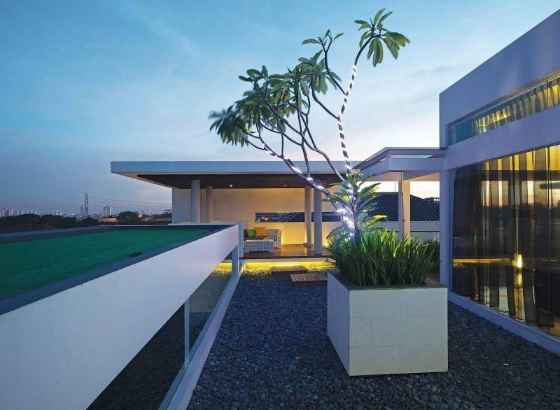 Julio Julianto The Minimal White House At Jimbaran Asri Bali, Indonesia Bali, Indonesia Perspective-1 Modern 5910