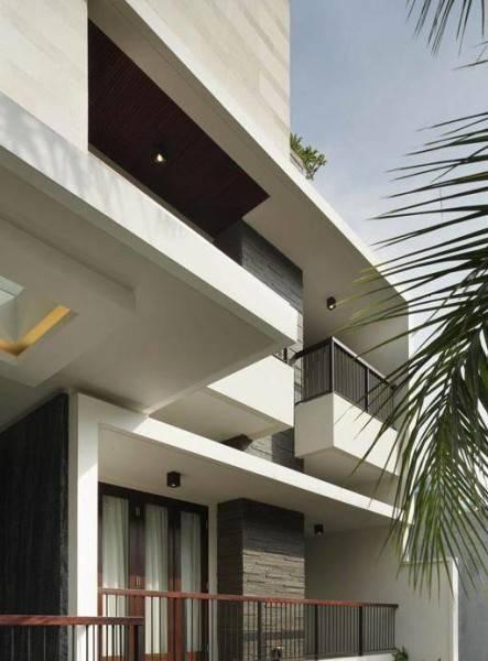 Julio Julianto The Line House At Kelapa Gading Jakarta, Indonesia Jakarta, Indonesia Facade-View Modern 5918