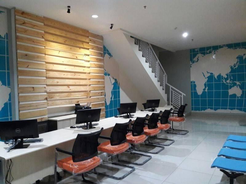 Nur Mala Sari Interior Design For Travel Agency Ruko Pino Green Pramuka Apartment Ruko Pino Green Pramuka Apartment Customer Area  6672