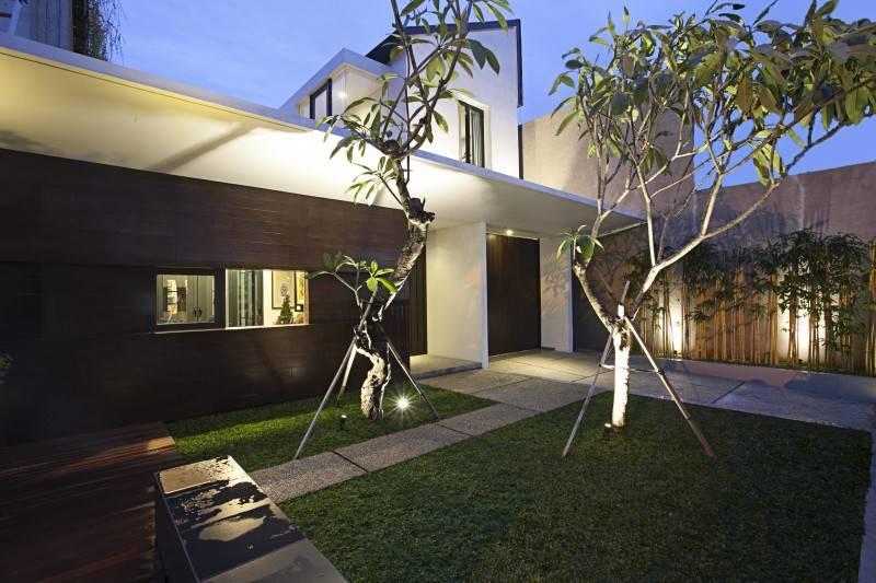 Adria Yurike Architects Bangka House Bangka, Mampang Prapatan, South Jakarta City, Jakarta, Indonesia Jakarta, Indonesia Garden Contemporary 6919