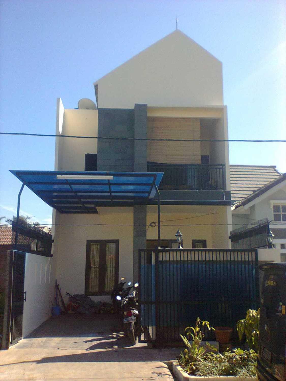 sujud gunawan studio di Bogor