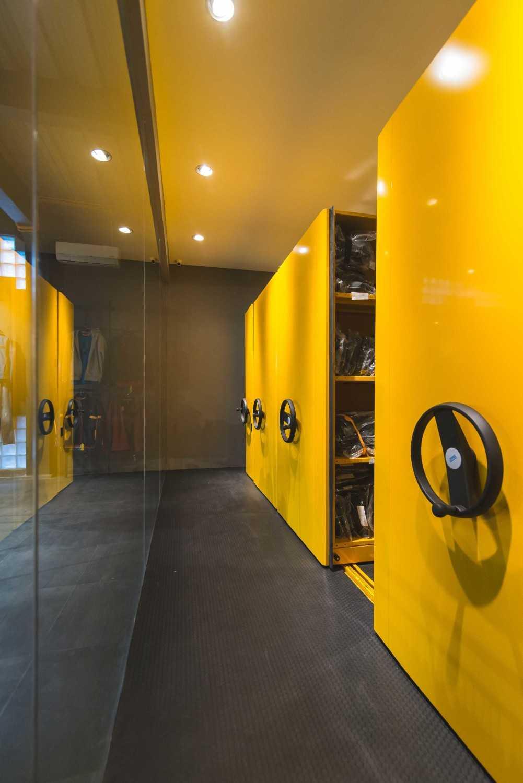 Dnv Studio Kalibre Jatinangor Jatinangor Interior Details Industrial 8348