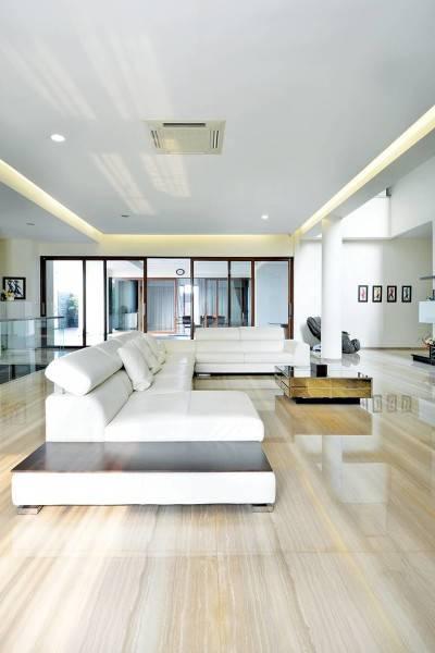 Studio Denny Setiawan Green Garden House Jakarta, Indonesia Jakarta, Indonesia Livingroom-View-3  7399