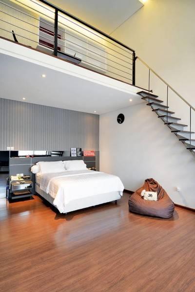 Studio Denny Setiawan Green Garden House Jakarta, Indonesia Jakarta, Indonesia Bedroom-View-2  7411